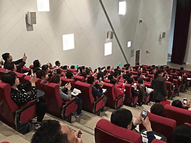 生涯体验互动1-天津外国语学校高中生涯规划学生唤醒讲座取得圆满成功 .png