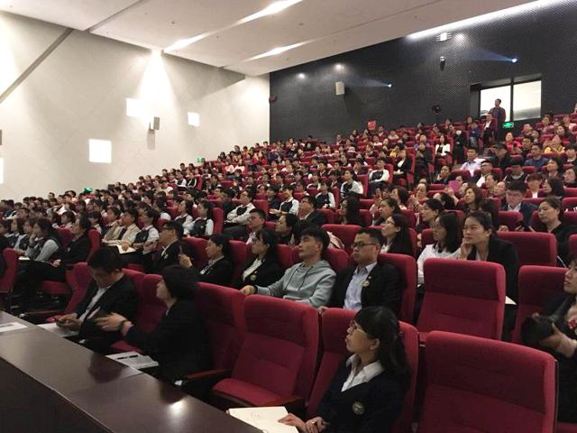 学员全景-天津外国语学校高中生涯规划学生唤醒讲座取得圆满成功 .png