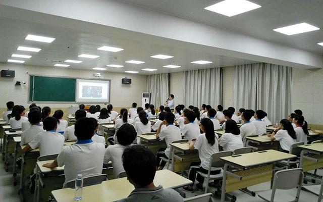 我的生涯我做主——永春美岭中学开展生涯规划教育课2.jpg