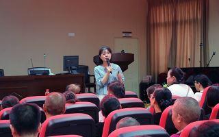 新店中学举行新高考与生涯规划专题讲座