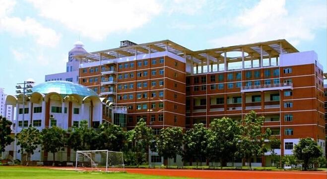 吉林工商学院新校址_吉林工商学院的正阳校区环境怎么样?学校周围怎么样?